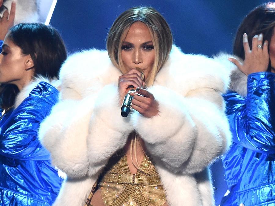 Jennifer Lopez VMAS