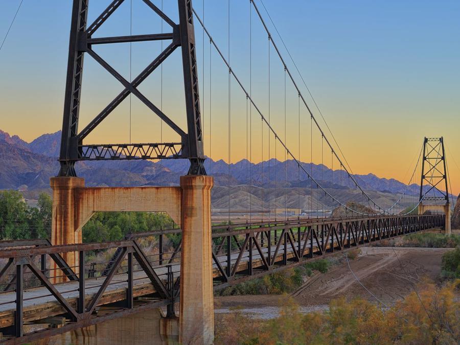 Vista de puente de Yuma, Arizona