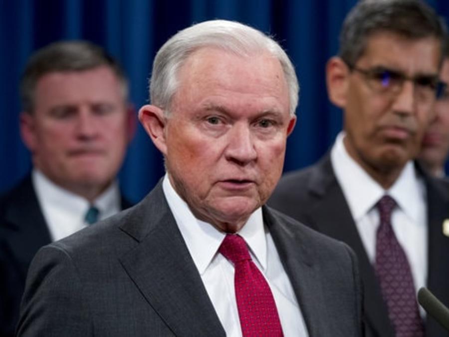 Jeff Sessions durante el anuncio de las medidas contra el cartel de Jalisco en el Departamento de Justicia en Washington