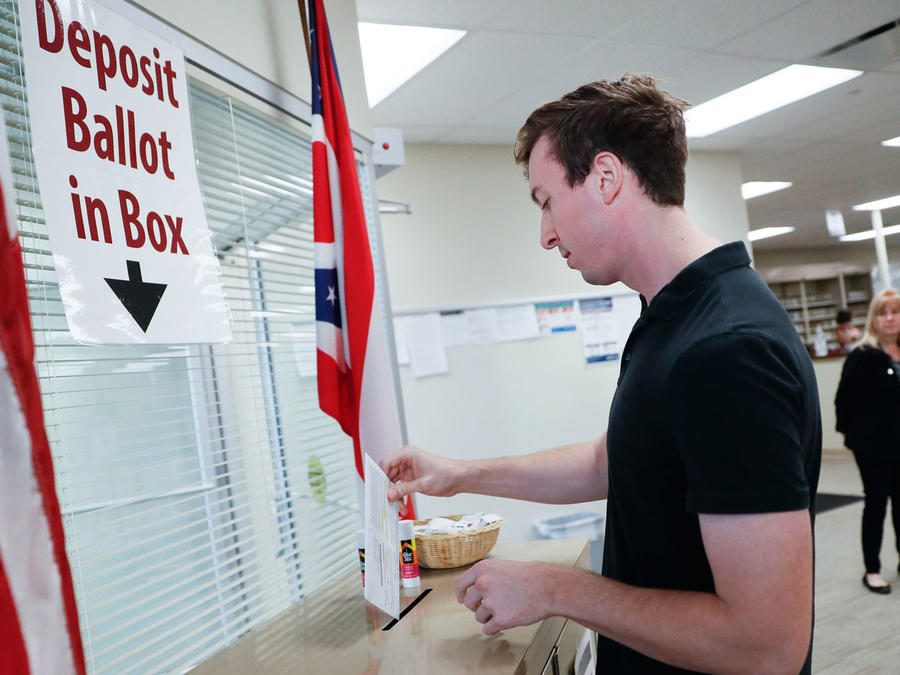 Votación anticipada en Ohio/AP