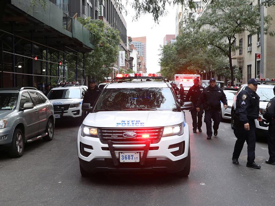 Policía de New York en acción por paquete sospechoso hallado el 26 de octubre de 2018
