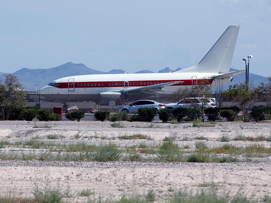 Un avión aterriza en el aeropuerto McCarran de Las Vegas en julio de 2016