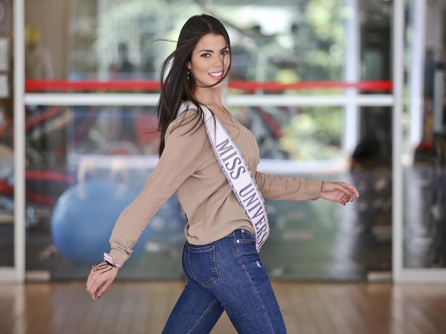 Andrea Díaz en una clase de pasarela en Santiago de Chile el 8 de noviembre.