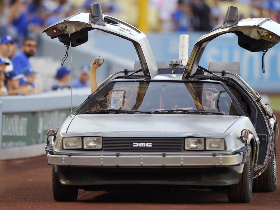Un carro DeLorean como el usado de máquina del tiempo en la película  'Back to the Future', en una imagen de archivo.