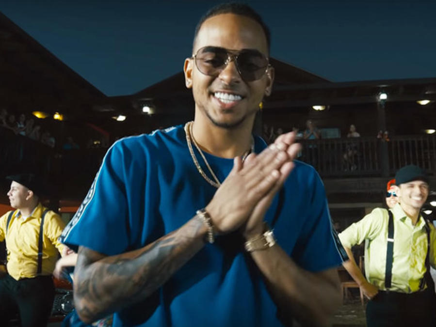 Ozuna drops Christmas song