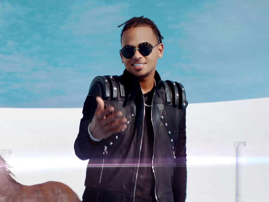 "Ozuna in ""Baila, Baila, Baila"" video"