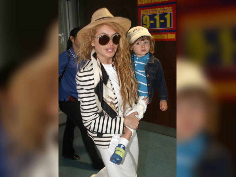 Paulina Rubio y su hijo Andrea