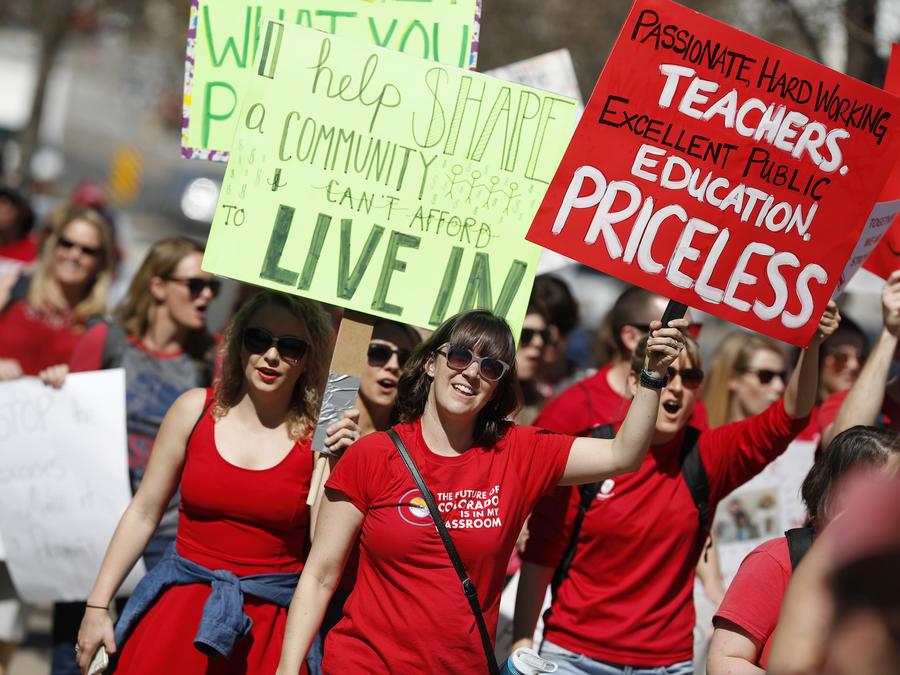 Protesta de profesores en Denver en abril.