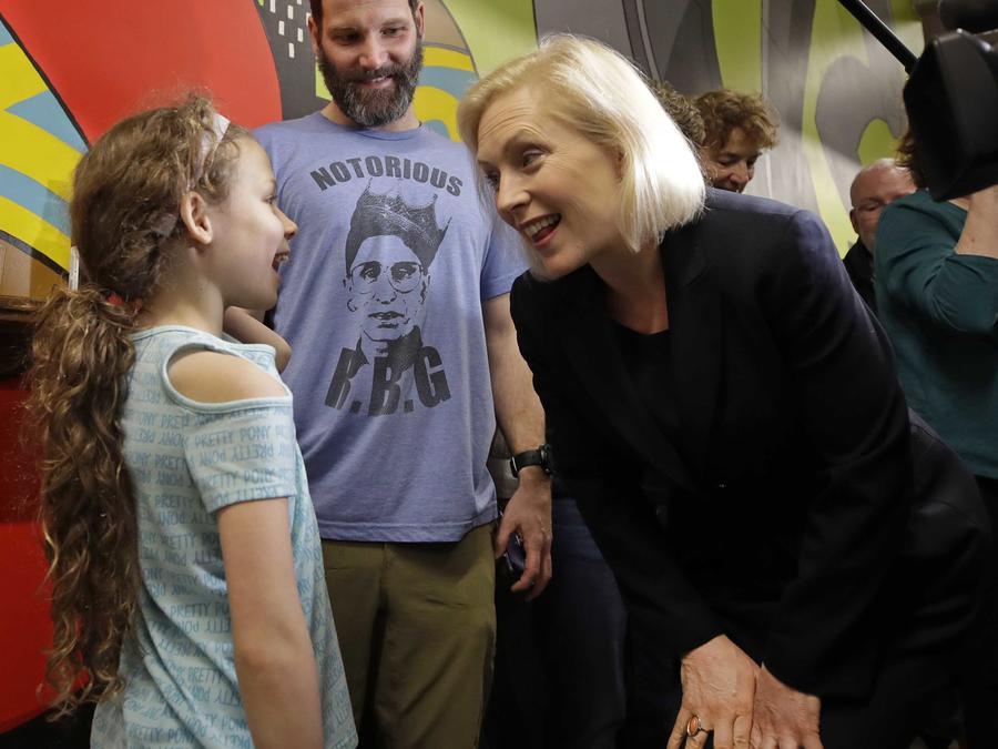 La aspirante a la nominación demócrata Kirsten Gillibrand el 15 de marzo de 2019 en Manchester, New Hampshire