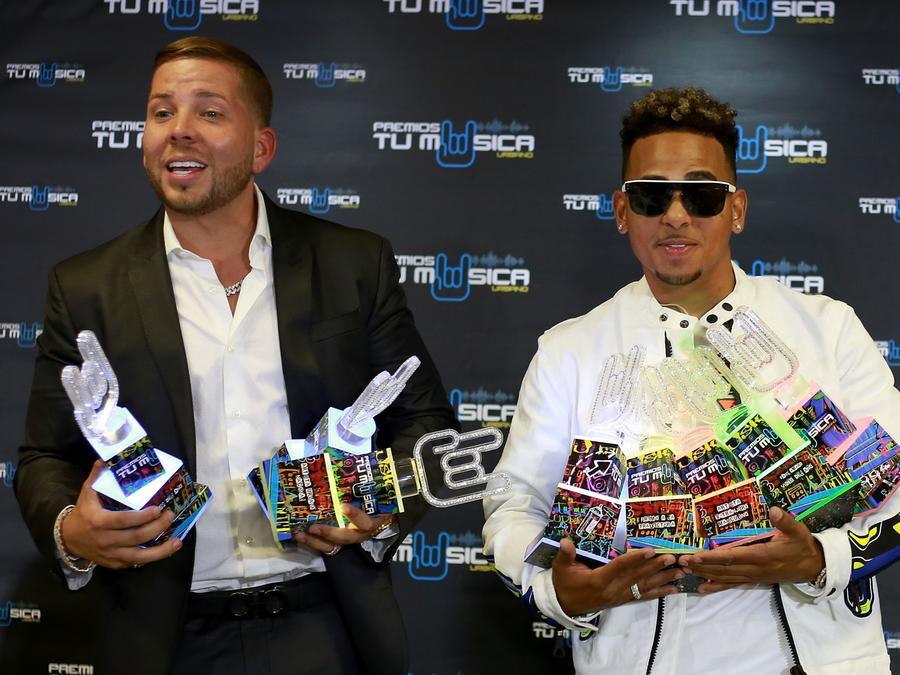 Ozuna wins big at the 2019 Premios Urban Music Awards