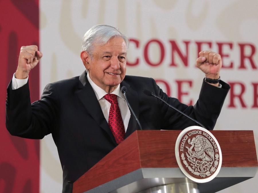 López Obrador, durante una conferencia de prensa el 2 de abril.