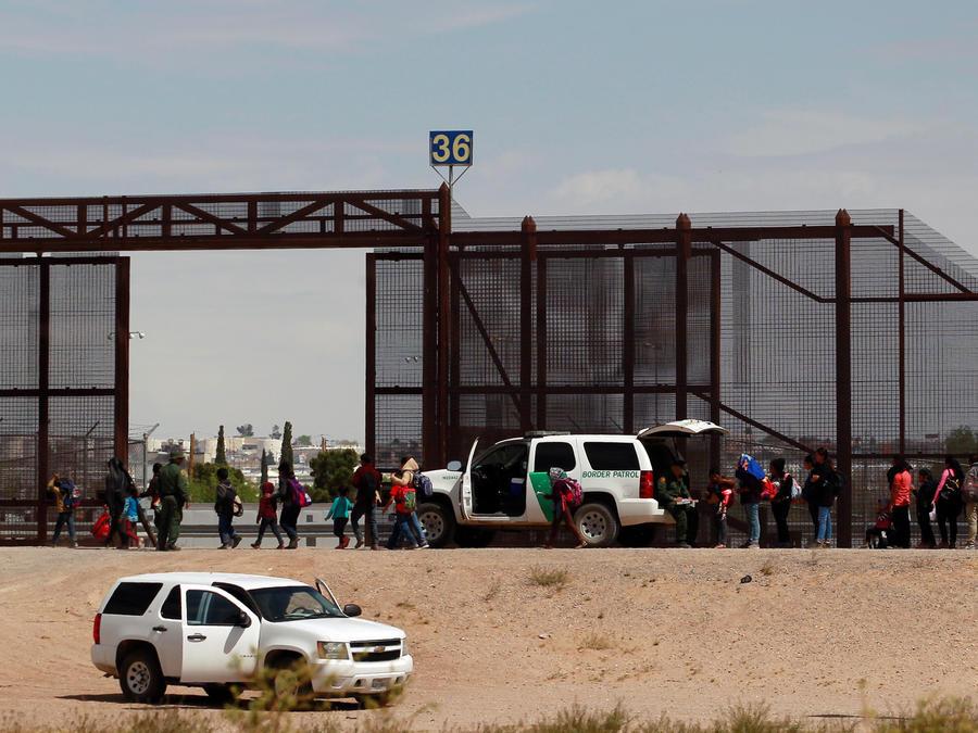 Frontera entre México y EEUU donde permanecen los socilitantes de asilo en EEUU