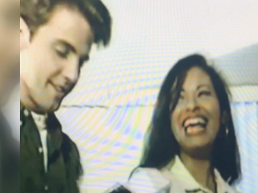 Selena Quintanilla en una entrevista con Carlos Ponce en 1994