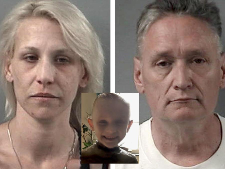 Andrew Freund Sr., de 60 años, y JoAnn Cunningham, de 36 años, con su hijo de cinco años, Andrew Freund.