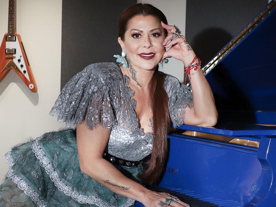 Alejandra Guzmán en sesión de fotos en Miami, Florida