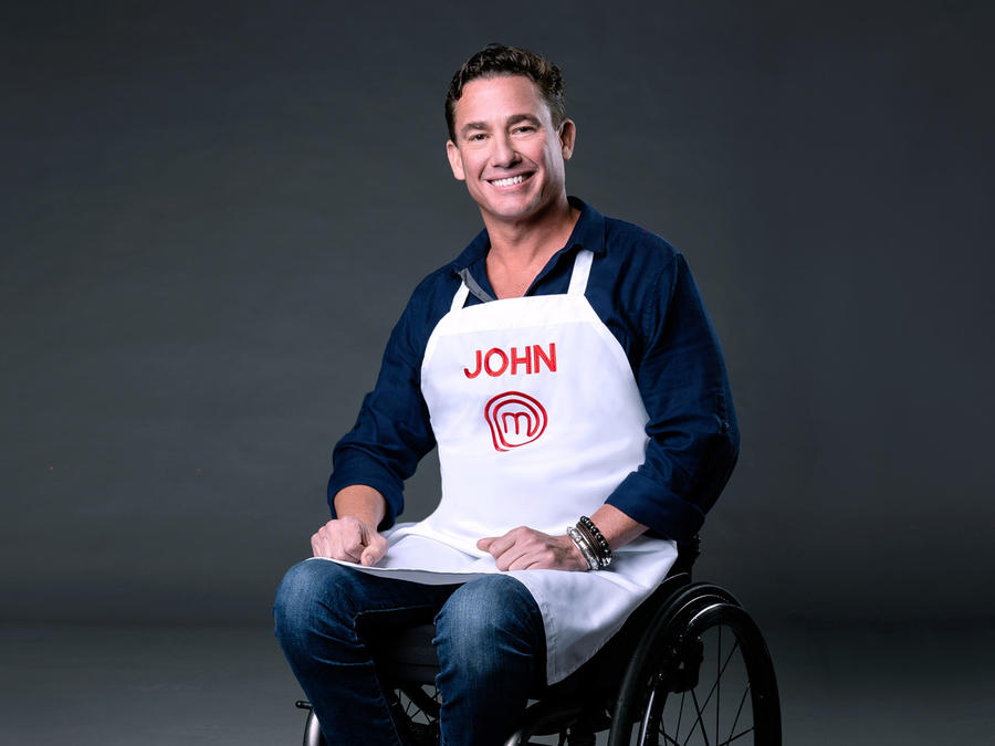 John Pardo es el primer participante en silla de ruedas en la historia de MasterChef