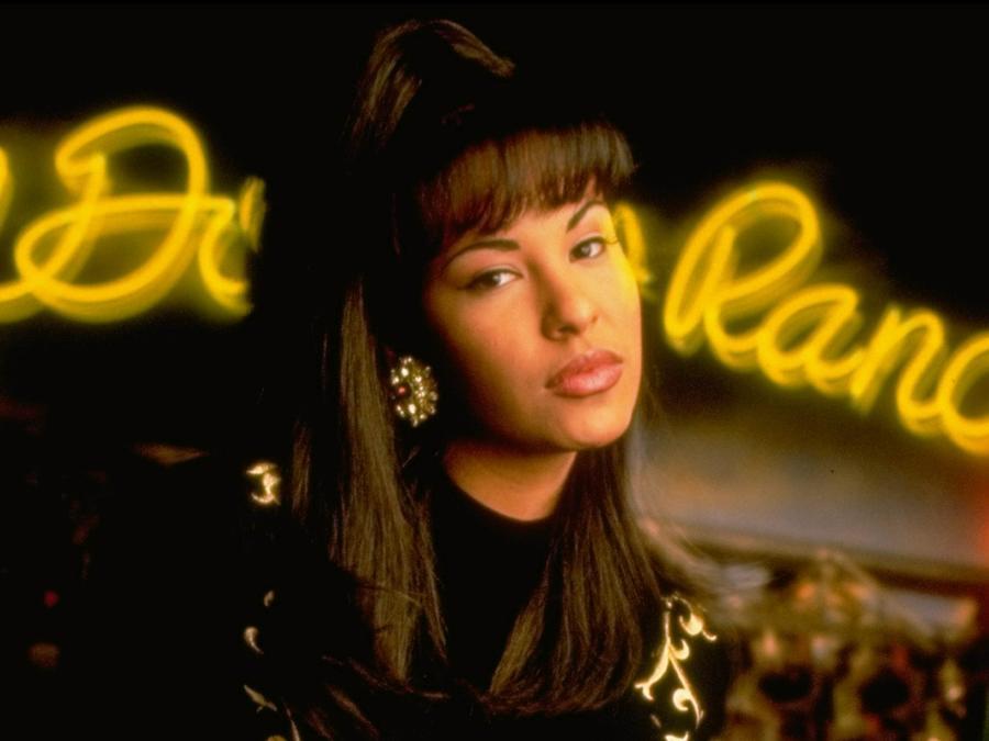 Selena Quintanilla rare video interview on Facebook