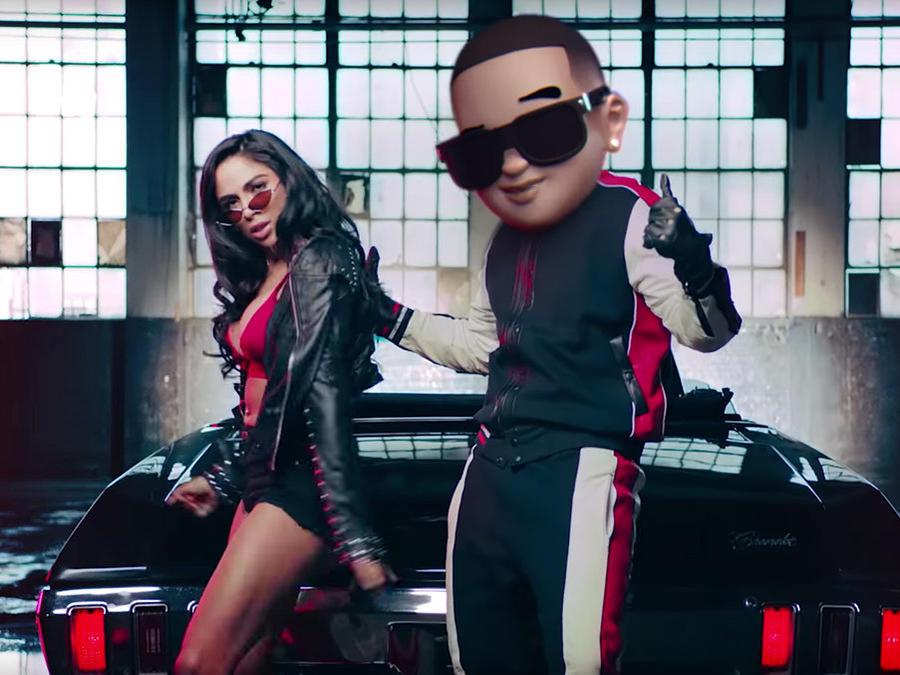 """Daddy Yankee video """"Con Calma"""""""
