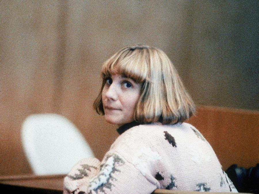 Carolyn Warmus cumplió una condena de 25 años tras asesinar a la esposa de su amante.
