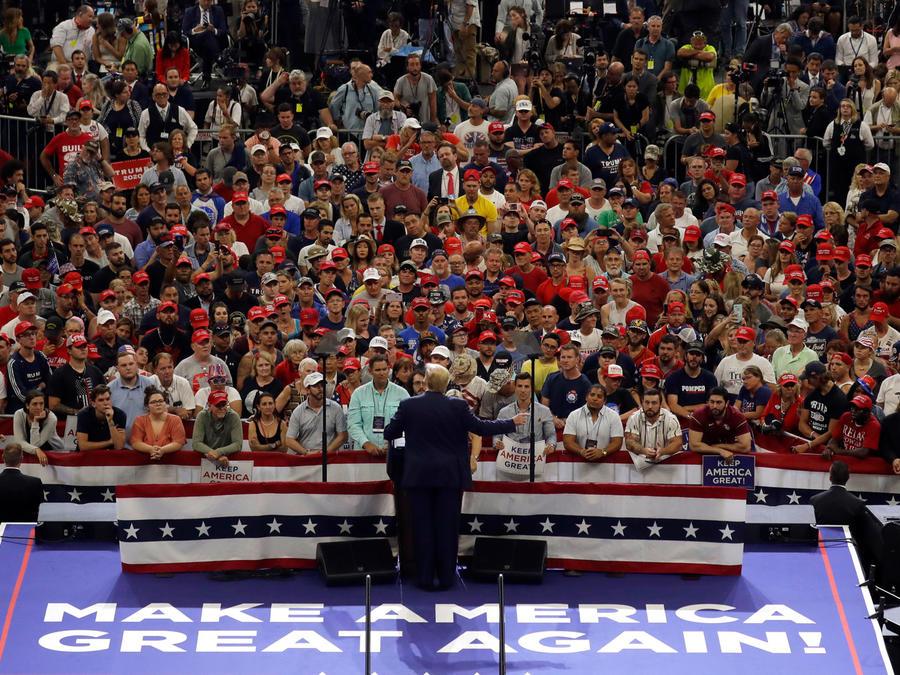 El presidente Trump durante un mitin de campaña en Orlando