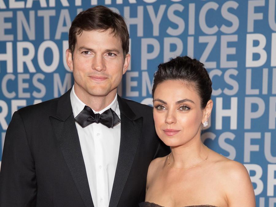 Ashton Kutcher y Mila Kunis en los Premios Avance de 2018, en el Centro de Investigación Ames de la NASA, el 3 de diciembre de 2017 en Mountain View, California.