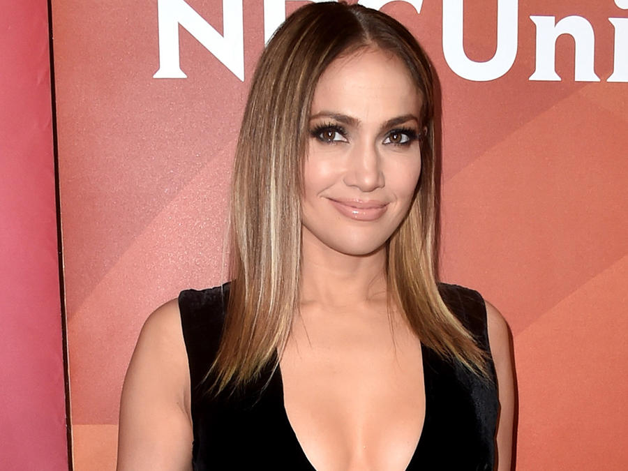 Jennifer Lopez en el NBCUniversal Summer Press Day en marzo de 2017