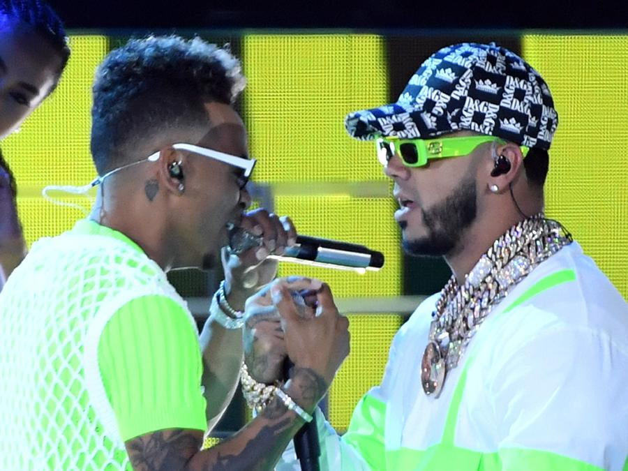 Ozuna and Anuel collaborate in new song