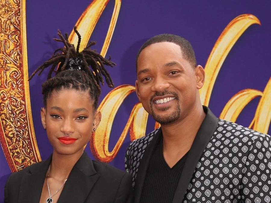 Willow Smith y Will Smith en la premier mundial de Aladdin