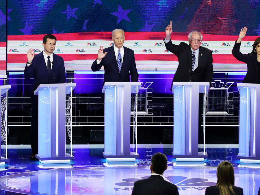 Algunos participantes en el segundo debate presidencial demócrata