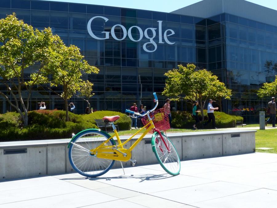 Una de las bicicletas gratuitas en el Google Campus en Palo Alto, California.