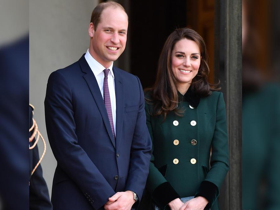 El príncipe William y Kate Middleton acuden a una reunión con el presidente francés Francois Hollande en Francia en marzo de 2017