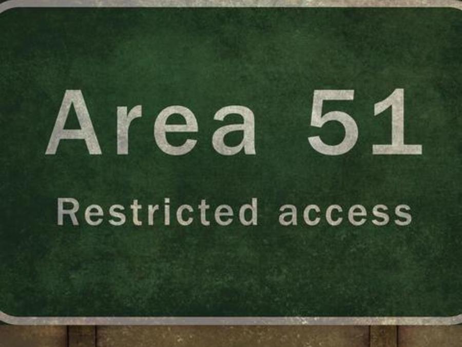El Área 51 es una zona militar cerrada ubicada en Nevada. Siempre ha sido rodeada de teorías conspirativas