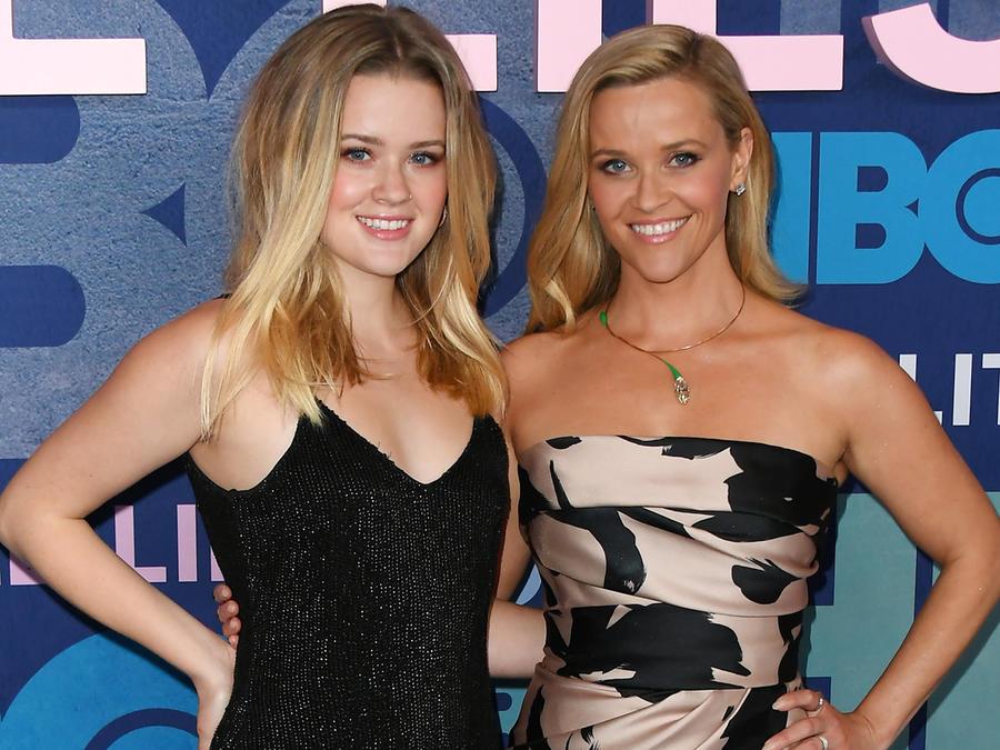"""Reese Witherspoon y su hija Ava Phillippe en la premier de la segunda temporada """"Big Little Lies"""" en mayo de 2019"""