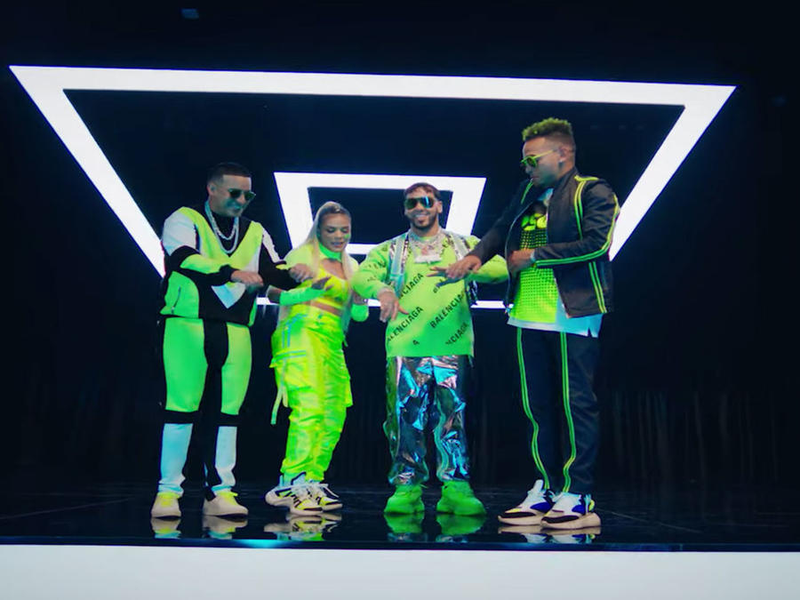 "Anuel AA drops ""China"" music video"