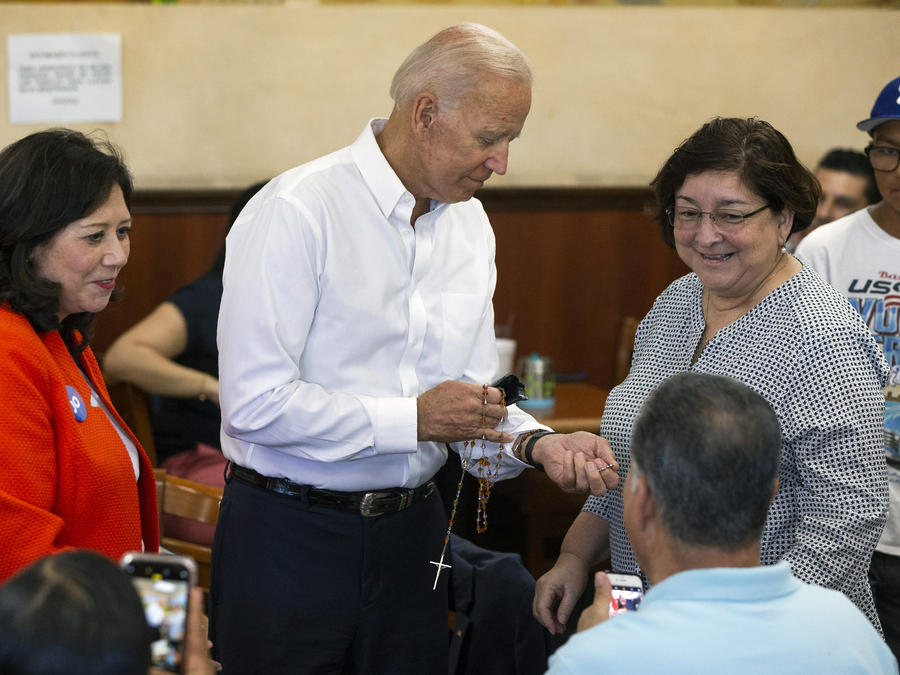 Hilda Solis,Joe Biden,Minerva Munguia-Sanchez