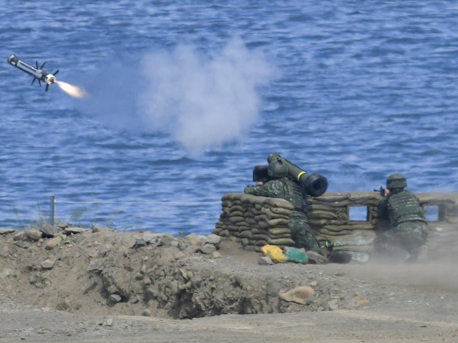 Fotografía de archivo de una prueba de lanzamiento de misil en Taiwan