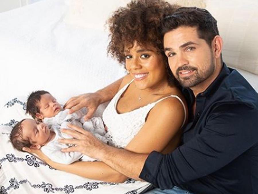 Ferdinando Valencia con su familia