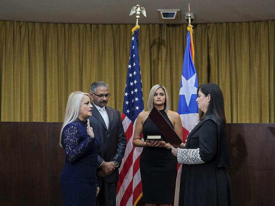 Wanda Vázquez asume como gobernadora de Puerto Rico el 7 de agosto de 2019, después de que la Corte Suprema declarara inconstitucional la juramentación de Pierluisi