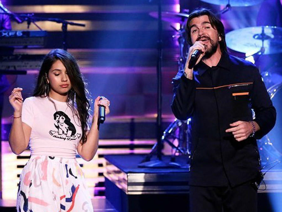 Juanes y Alessia Cara cantan Querer Mejor en The Tonight Show con Jimmy Fallon