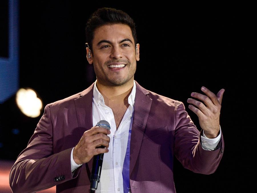 Carlos Rivera in concert