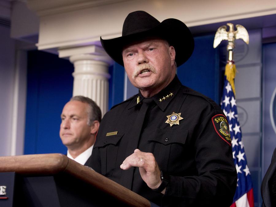 Imagen del alguacil Bill Waybourn, durante una conferencia de prensa en la Casa Blanca el 10 de octubre de 2019.