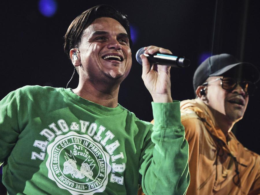 Silvestre Dangond y Gente de Zona en los ensayos de los Latin AMAs 2019