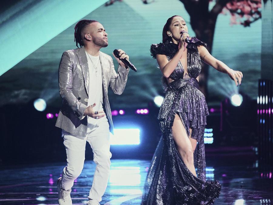 Greeicy y Nacho cantan a dúo en los Latin American Music Awards 2019