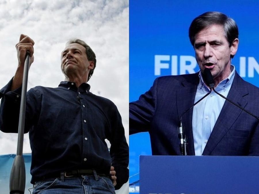 Steve Bullock, gobernador de Montana (a la izquierda) y Joe Sestak, ex congresista por Pensilvania, candidatos demócratas que anunciaron su retirada de la carrera presidencial.