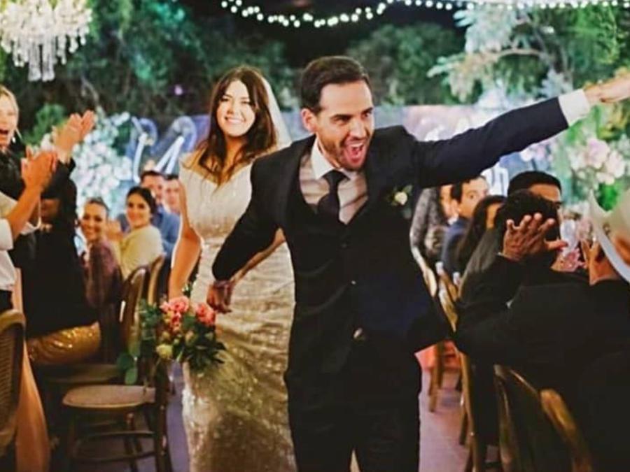 Yuridia y su esposo Matías Aranda en su boda