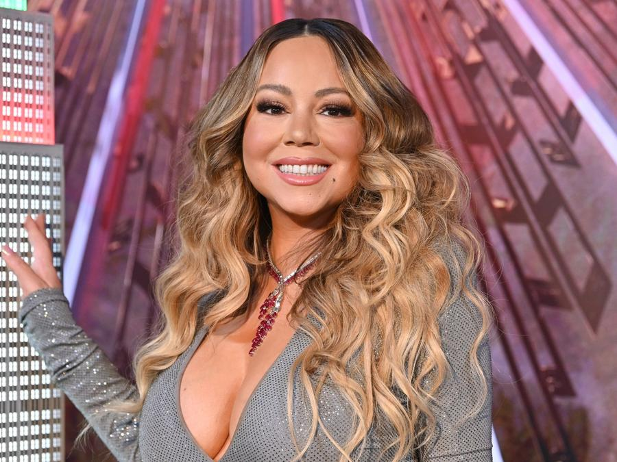 Mariah Carey posing for the camera