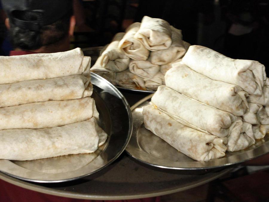 Los burritos son una de las comidas más típicas entre los latinos.