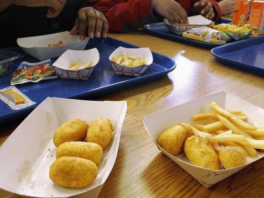 El almuerzo de unos estudiantes en la cafetería del Washington Middle School, en Springfield, Illinois.