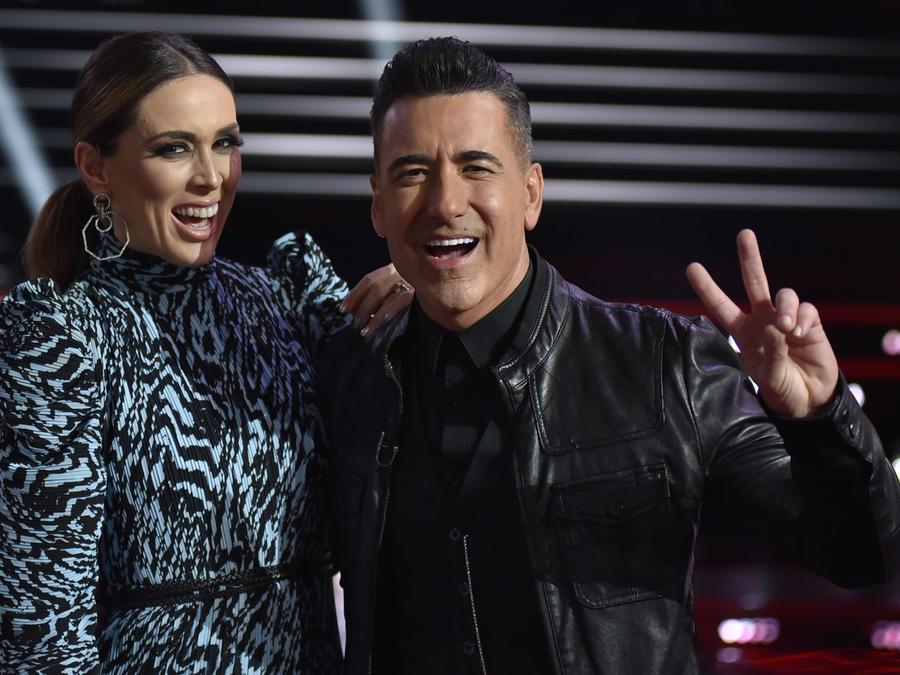 Jacqueline Bracamontes y Jorge Bernal en La Voz US 2