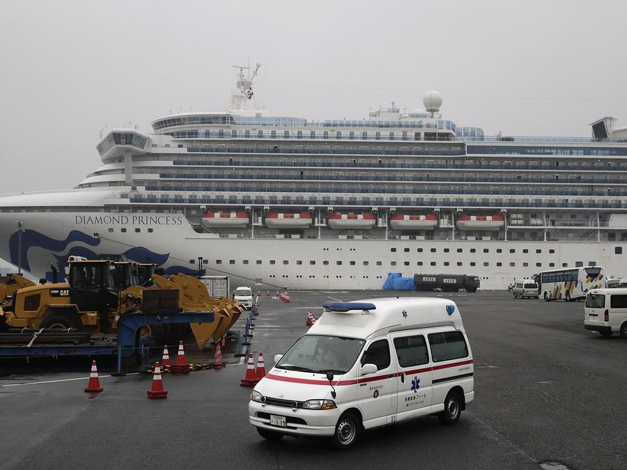 El crucero Diamond Princess en el puerto de Yokohama, cerca de Tokyo.
